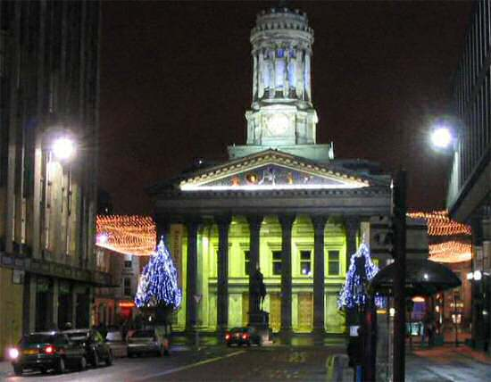 The Modern Art Gallery in Glasgow at Christmas