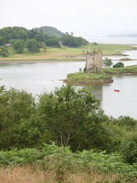 castle stalker scotland picture