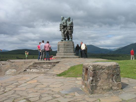 the commando memorial scotland picture