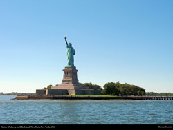Free Statue of Liberty, Ellis Island, New York, New York, USA Desktop Wallpaper