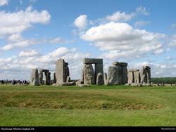 Free Stonehenge, Wiltshire, England, UK Desktop Wallpaper